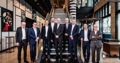 Gruppenbild des neuen Vorstand des Bundesinnungverbandes für Orthopädie-Technik
