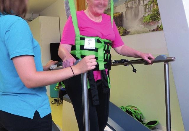 Gangroboter, mit dem Patienten an das Wiedererlernen eines physiologischen Gangzyklus herangeführt werden.