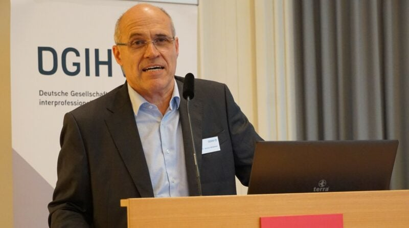 Prof. Dr. Wolfram Mittelmeier, erster Vorsitzender der DGIHV, freut sich, dass die fünfte offene Fachtagung wieder als Präsenzveranstaltung stattfindet.