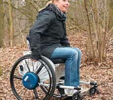 Rollstuhl auf der Strecke (Archiv KfB).