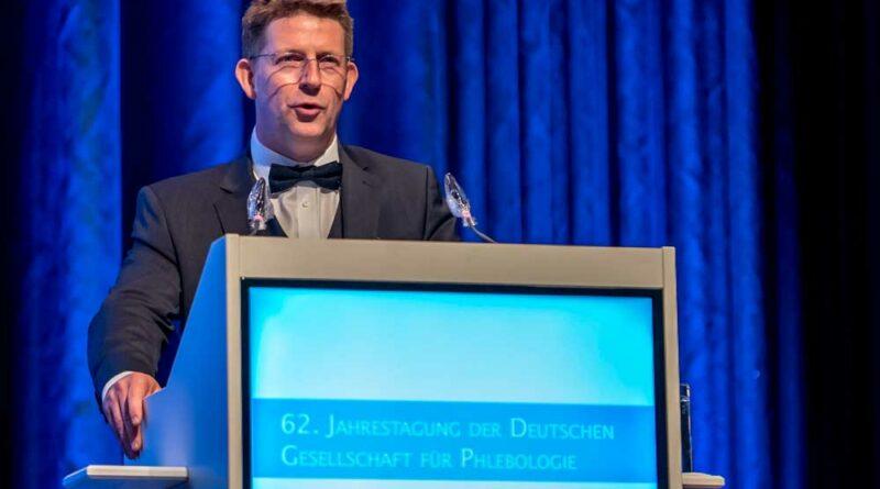 Tagungspräsident Dr. Tobias Hirsch eröffnete die Jahrestagung.
