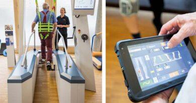 Zu den empfohlenen Trainingsformen gehören roboterassistierte Gangtrainer und individualisierte Trainingsprogramme.