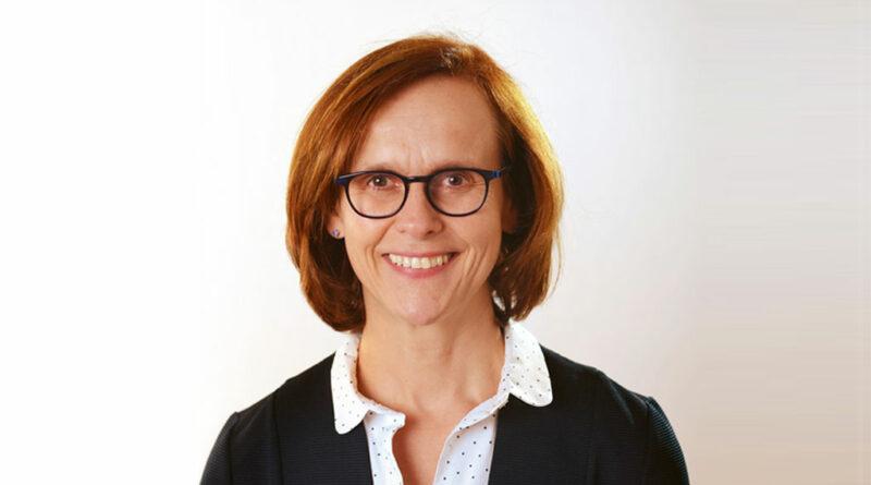 Petra Menkel fordert einen bundeseinhaltlichen und angemessenen Pauschalausgleich für den Corona-bedingten PSA-Mehraufwand, der für alle Kassen verbindlich gelte.