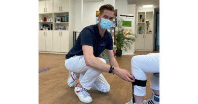 Julius Busemann ist als Orthopädietechniker für die Athlet:innen der Paralympics in Tokio im Einsatz.