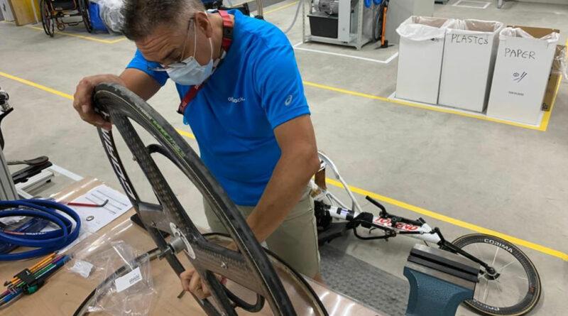 : Stephan Sohn während der Paralympics in der OT-Werkstatt in Tokio.