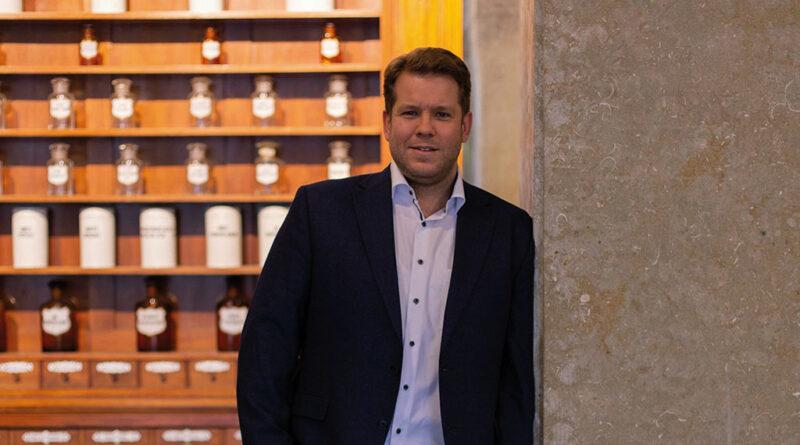 Dr. Sven Simons, Geschäftsführer von gesund.de, freut sich über den Vertrauensvorschuss von EGROH und Ortheg.